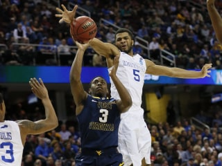 No. 1 Kentucky Dominates No. 5 West Virginia to Advance to Elite 8