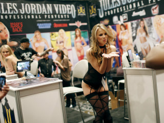 Amid California Woes, Some Eye Vegas as New Porn Alley