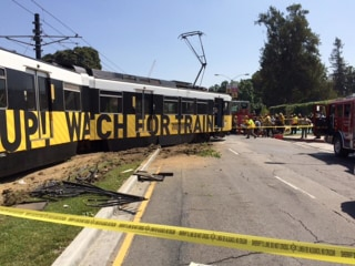 Train Crashes Into Two Cars in Los Angeles, Injuring 21