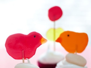 Simple Chick Pops and More Easter DIYs to Make With Kids