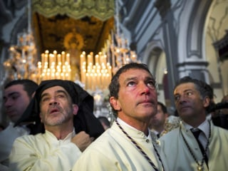Antonio Banderas Carries Icon in Holy Week Procession