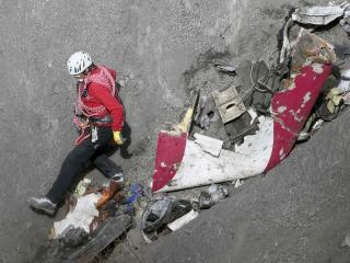Germanwings Crash: Cops Question 'Female Partner' of Alps Tragedy Co-Pilot