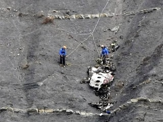 France Halts Search for Bodies at Germanwings Crash Site