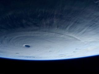 Super Typhoon Awes Astronaut