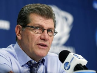 UConn Women's Coach Geno Auriemma Calls Men's Hoops 'a Joke'