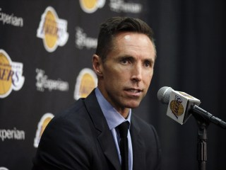 Los Angeles Lakers Waive Steve Nash