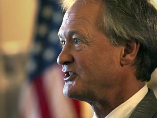 Lincoln Chafee Says He's Exploring 2016 Run as a Democrat