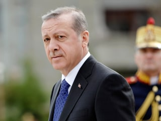 Erdogan Condemns, Warns Pope Francis Over Armenian Genocide Remark