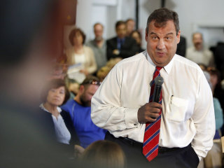 Chris Christie Takes Town Halls on the Road to New Hampshire
