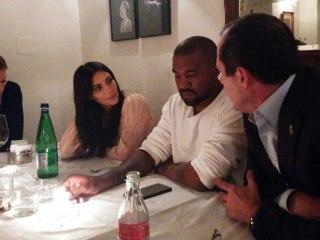 Israeli Ultra-Orthodox Website Cuts Kim Kardashian From Photo