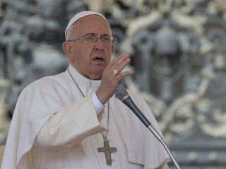 Pope Francis Weighs Cuba Visit During U.S. Trip: Vatican