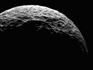 NASA's Dawn Probe Sees Dwarf Planet Ceres as a Crescent