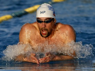 Michael Phelps, Ryan Lochte Split Duels in Mesa