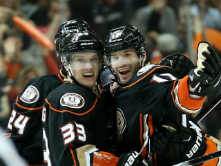 Ducks Beat Jets on Last-Minute Silfverberg Score
