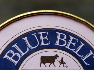 Blue Bell Creameries Pulls All of Its Products After Ice Cream Listeria Scare