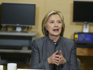 Hillary Clinton Says Trade Deals Must Boost U.S. Jobs