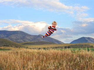 Dad's Photos of 'Flying' Toddler Inspire Many