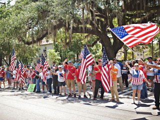 American Flag Protest Shuts Down Valdosta State University