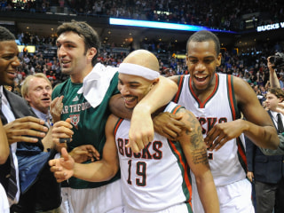 Bucks Outwork Bulls, Stay Alive on Jerryd Bayless Game-Winner