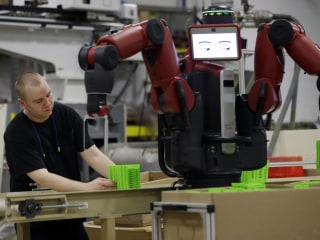 Even Small Businesses Are Jumping on the Robot Bandwagon