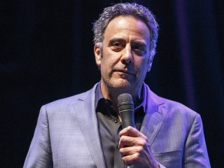How Brad Garrett Ticked Off Bill Cosby, Frank Sinatra and John Gotti