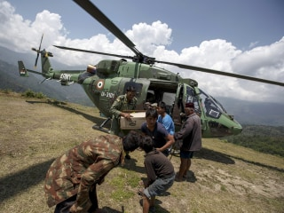 Nepal Earthquake: Aid Workers Warn Of Desperate Chopper Shortage