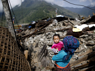 Nepal Earthquake Death Toll Climbs Past 7,000: Officials