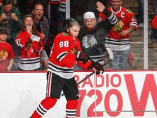 NHL Playoffs: Blackhawks' Star Forwards Pummel Wild 4-1 in Game 2
