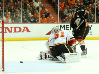 Ducks Shut Out Flames in Stanley Cup Playoffs