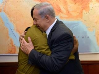 Netanyahu Meets Ethiopian Soldier Damas Pakada After Tel Aviv Protests