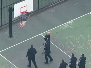 Man Gets Stuck in Seattle Basketball Hoop, Cops Called