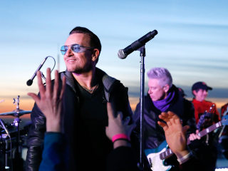 U2 Surprises Fans With NYC Subway Concert Ahead of 'Tonight Show' Visit