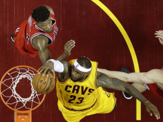 Cavs Roar Back to Beat Bulls and Even Series 1-1