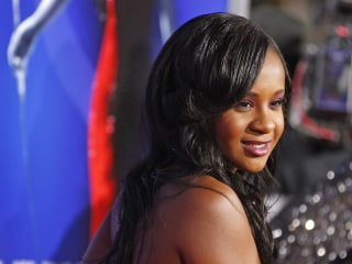 Bobbi Kristina Brown Dies at 22, Family Confirms