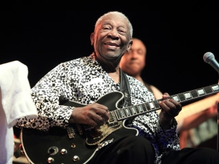 Las Vegas Public Viewing of B.B. King Draws Hundreds