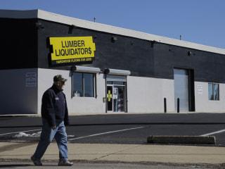 Lumber Liquidators CEO Quits, Shares Tumble