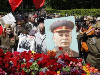 Ukraine Bans Communist Symbols, Propaganda