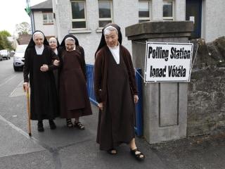 Ireland Gay Marriage Referendum: Polls Open in Historic Vote