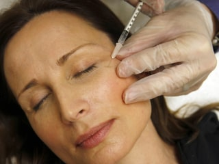 Can Botox Make Your Skin Stretchier?