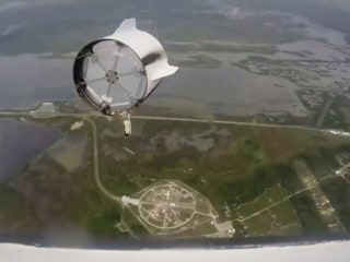 Get an Astronaut's-Eye View of SpaceX's Dragon Launch Abort Test