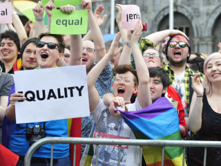 'In Awe': Celebrities, Irish React to Ireland's Vote to Legalize Gay Marriage