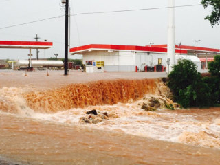 Flooding Hits Oklahoma and Texas, With More Bad Weather on the Way