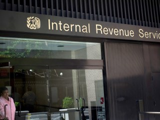 IRS Says Thieves Stole Tax Info From 100,000 Taxpayers