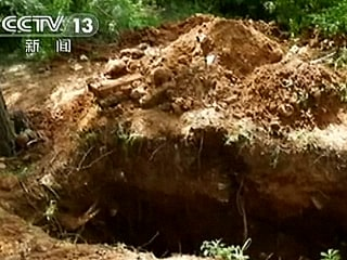 Chinese Grave Robbers: Stone Age Trove Recovered in Major Crackdown