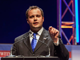 Josh Duggar Checks Into Rehab Facility, Family Says