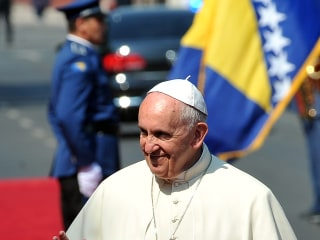 Pope Francis Visits Sarajevo in 'Sign of Peace' After Bosnia War