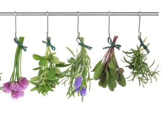 3 ways to use veggies and herbs in your home decor