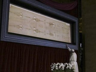 Pope Francis Prays Before Turin Shroud, Italy