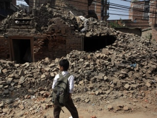 Post-Nepal Earthquake, US Grants Nepalis Temporary Right to Stay