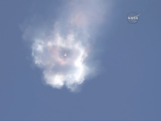 SpaceX Falcon 9 Rocket Breaks Up After Launch With Space Station Cargo